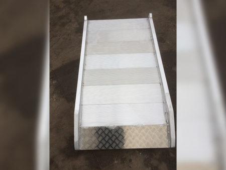 Alumínium rámpa