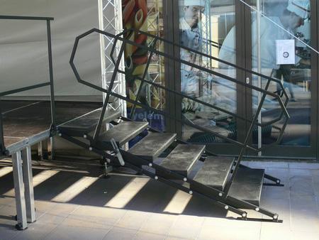 Önbeálló lépcső